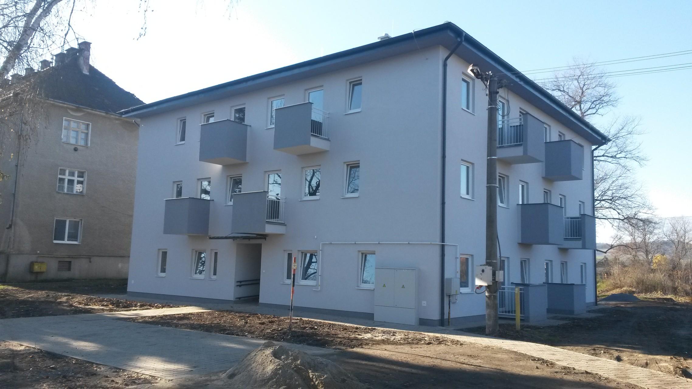 6cd7f0e1a 12-bytový nájomný dom pre marginalizované komunity na Železničnej ulici